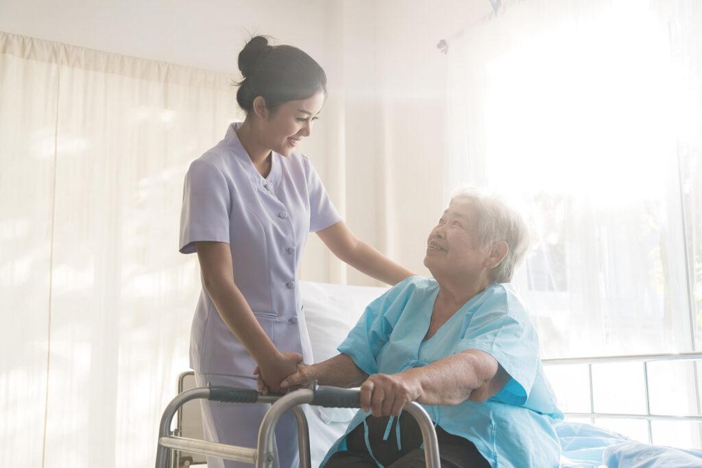 patiente 70 ans opérée hanche virtualis vr